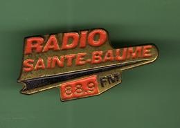 RADIO SAINTE BAUME 88.9 FM *** 2014 - Medios De Comunicación