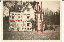 WW2 Rare PHOTO ORIGINALE Soldat Allemand Château De Mérode à MAÎCHE Montbeliard 25 DOUBS N°1 - 1939-45