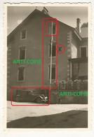 WW2 Rare PHOTO ORIGINALE ALLEMANDE Traction Citroën + étendard à SAINT HIPPOLYTE Près Maîche Montbeliard 25 DOUBS 1941 - 1939-45