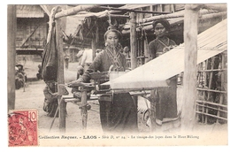 Cpa LAOS  Tissage Des Jupes Dans Le Haut Mekong  Collection Raquuez Serie D N.14      -T- - Laos