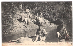 Cpa LAOS   DECHARGEMENT DES ELEPHANTS  HIA LAT  Cliché Raquez 34     -T- - Laos
