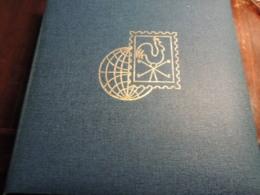 GROS CLASSEUR TIMBRES  ESPAGNE  SUISSE AUTRICHE   SAN MARIN ITALIE  OBLITERES DONT QQ NEUFS   DES CLASSIQUES - Sammlungen (im Alben)