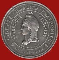 ** MEDAILLE  REPUBLIQUE  FRANCAISE  1870 - 71 ** - Francia