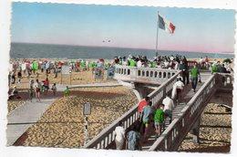 SOULAC SUR MER --1962--La Descente à La Plage ( Animée,drapeau )--.......timbre......cachet.......à Saisir - Soulac-sur-Mer