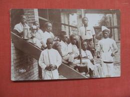RPPC  Group Of Blacks    Ref 3754 - Postcards