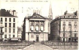 FR44 NANTES - LL 107 - Le Quai Brancas Et Hôtel Des Postes - Belle - Nantes