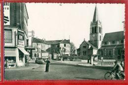 2203 - MAISONS ALFORT - CPSM - CARREFOUR DE L'EGLISE - Maisons Alfort