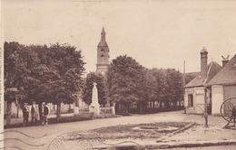 LE TREMBLAY LE VICOMTE  Place De L'Eglise - Other Municipalities