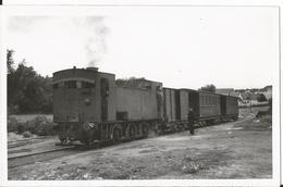 Photo - Train En Gare De Sagy  Val D'ois - Chemin De Fer Grande Banlieue - Ligne Pontoise - Magny En Vexin - Trains