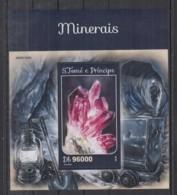 C713. S.Tome E Principe MNH - 2016 - Nature - Minerals - Bl - Planten