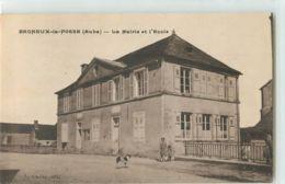 36207 - BAGNEUX LA FOSSE - LA MAIRIE ET L ECOLE - Frankreich