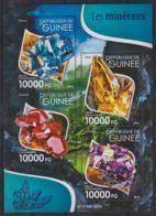 D716. Guinea - MNH - 2015 - Nature - Minerals - Planten