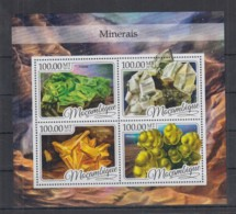 V713. Mozambique MNH - 2016 - Nature - Minerals - Plants
