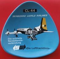 RARE Cendrier AVION Canadair CL-44 Pour La Compagnie SEABOARD WORLD AIRLINES USA - Asbakken