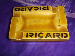 Ancien Cendrier Jaune Ricard 9 Par 6 Cm - Porcellana