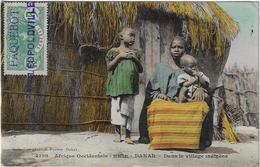 CPA Senegal Dakar Dans Le Village Indigène Timbre 'Paquebot Leopoldville' 1912 Afrique Occidentale (2 Scans) - Sénégal