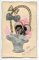 STE SAINTE CATHERINE 0019 Ajoutis Corbeille Agentée   Coeurs Dorés Tissu Rose écrite - Santa Catalina