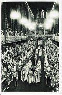 CPA-Carte Postale-Royaume-Uni- Couronnement D'Elisabeth II La Procession Dans L'Abbaye 1953-VM9921 - Royal Families