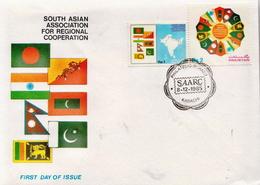Pakistan Pair On FDC - Pakistan