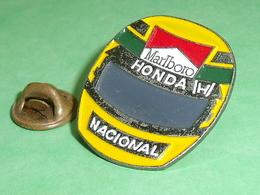 Pin's / Automobile : Honda , Casque  TB2CC - Andere