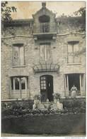 CPHP2   CROISSY  78   CARTE PHOTO . VILLA  DE MADAME  GUERIBON EN  1909  Adressée à GABIN Jardinier - Croissy-sur-Seine
