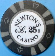 £.25 Casino Chip. Newtons, Torquay, UK. Q66. - Casino