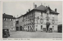 REGNY - L'HOTEL DE VILLE ET LA POSTE - ANIMEE - VERS 1940 - Francia