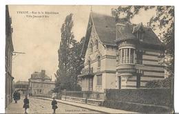 CPA  De  YVETOT  (76)   -   Rue  De  La  Répubique  Et  Villa  Jeanne-d' Arc      //   TBE - Yvetot