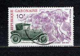 GABON  N° 391   OBLITERE  COTE 0.40€    CITROEN  VOITURE - Gabon (1960-...)