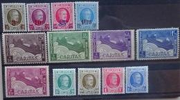 BELGIE  1927    Nr. 245 - 248 / 249 - 253 / 254 - 257    Spoor Van  Scharnier *    CW 18,00 - Neufs
