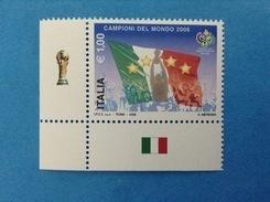 2006 ITALIA FRANCOBOLLO NUOVO STAMP NEW MNH** MONDIALI CALCIO ITALIA CAMPIONE DEL MONDO ANGOLO SINISTRO IN BASSO - 6. 1946-.. Repubblica