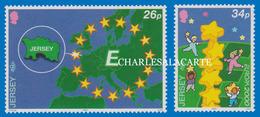JERSEY 2000 EUROPA SYMBOLS  S.G. 934-935 U.M. - Jersey