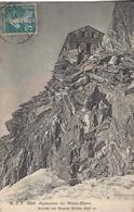 74 CHAMONIX MONT BLANC ALPINISTE A LA CABANE DES GRANDS MULETS EDITEUR FRANCO SUISSE BF 1834 - Chamonix-Mont-Blanc