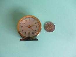 Petit REVEIL - Alarm Clocks