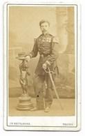 Photo CDV  Ch. REUTLINGER D'un Militaire  19° Avec Epée... - War, Military