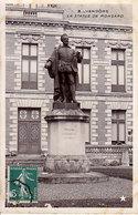 41 - VENDOME - La Statue De Ronsard -CPSM - Vendome