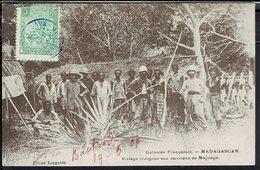 "Madagascar - Correspondance De Analalava Du 2 Juin 1906 Sur CPA ""Village Indigène.."" Pour Rambervillers (Fr) B/TB - - Briefe U. Dokumente"