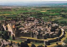 11. CARCASSONNE. 2 CARTES NEUVES.. VUE AÉRIENNE  DE LA CITE - Carcassonne