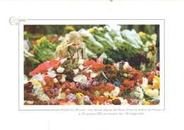 Russie Une Femme Deposant Des Fleurs Devant Le Theatre De Moscou En Souvenir Des 118 Otages Tues  CPM Ou CPSM - Postkaarten