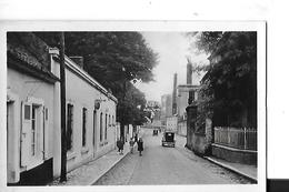 MARQUISE  N 17   RUE DE L EGLISE  FACON PHOTO PERSONNAGES VOITURE       DEPT 62 - Marquise