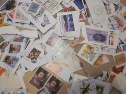 Monde - Lot De Plus De 250 Timbres Sur Fragments - Lots & Kiloware (mixtures) - Max. 999 Stamps
