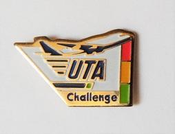Pin's Avion Compgagnie Aérienne UTA Challenge Aviation - PA/CE - Aerei
