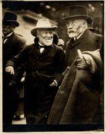 LE PLUS GROSSE FORTUNE DU TEMPS MODERNE  21*16CM Fonds Victor FORBIN 1864-1947 - Personalidades Famosas