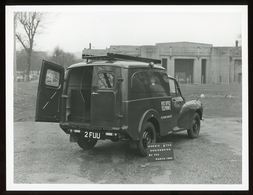 Original Photograph - Post Office Telephones - Morris 1/4 Ton Van - 1963 (21 X 16cm) - Foto