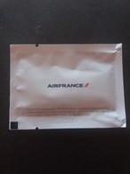 AIRFRANCE Wet, Perfumed New Towel - Aviones