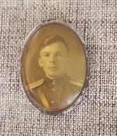 Commemorative Brooch Erinnerungsbrosche Broche Commémorative - USSR Soviet Union 1940 - 50 WWII WK2 Portrait Soldier - 1939-45
