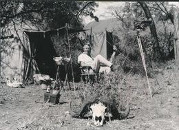 MARC SLEEN IN AFRIKA  - FOTO ORIGINEEL DOOR MARC SLEEN AFGESTAAN -   - 14.5 X 10.5 CM -2 SCANS - Bandes Dessinées