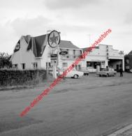 Ford Garage A. Van Doninck In Juli 1966 - Photo 15x15cm - Automobiles