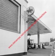 Auto Strade Motors Ford Garage In Juli 1966 - Photo 15x15cm - Permeke Antwerpen Jan Van Rijswijcklaan - Automobiles