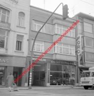 Ets Springael Ford Garage In Juli 1966 - Photo 15x15cm - Michelin - Automobiles